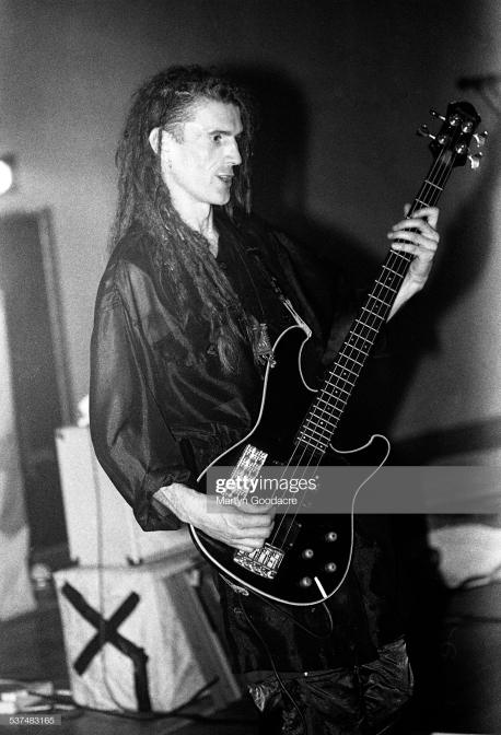Will Sinnott of The Shamen performs on stage in Aberdeen, Scotland, United Kingdom, 1990. (Photo by Martyn Goodacre/Getty Images)